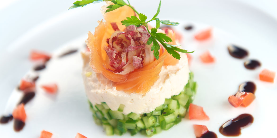 Smoked_Salmon_and_Cucumber_Salad_slide